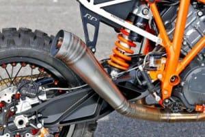 motocikl-ktm-1290-super-enduro-dlya-erzbergrodeo-2016_4