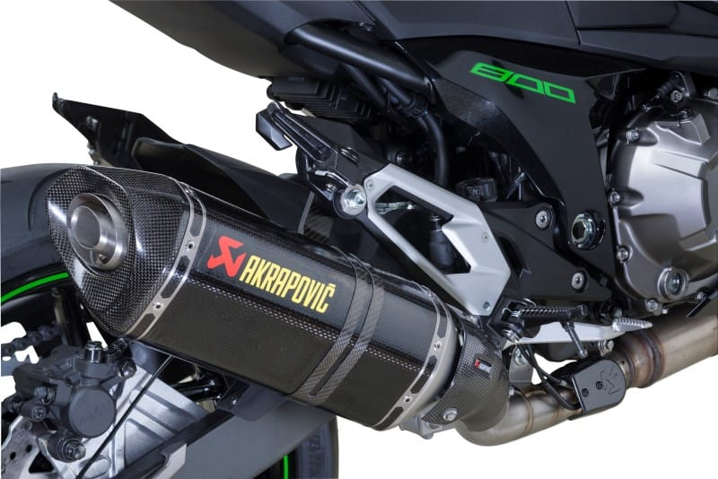 10758.1443021407.2014-Kawasaki-Akrapovic-Performance-Edition