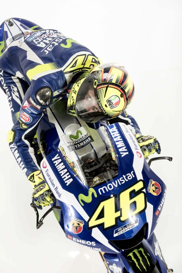 2016-Yamaha-YZR-M1-Valentino-Rossi-11
