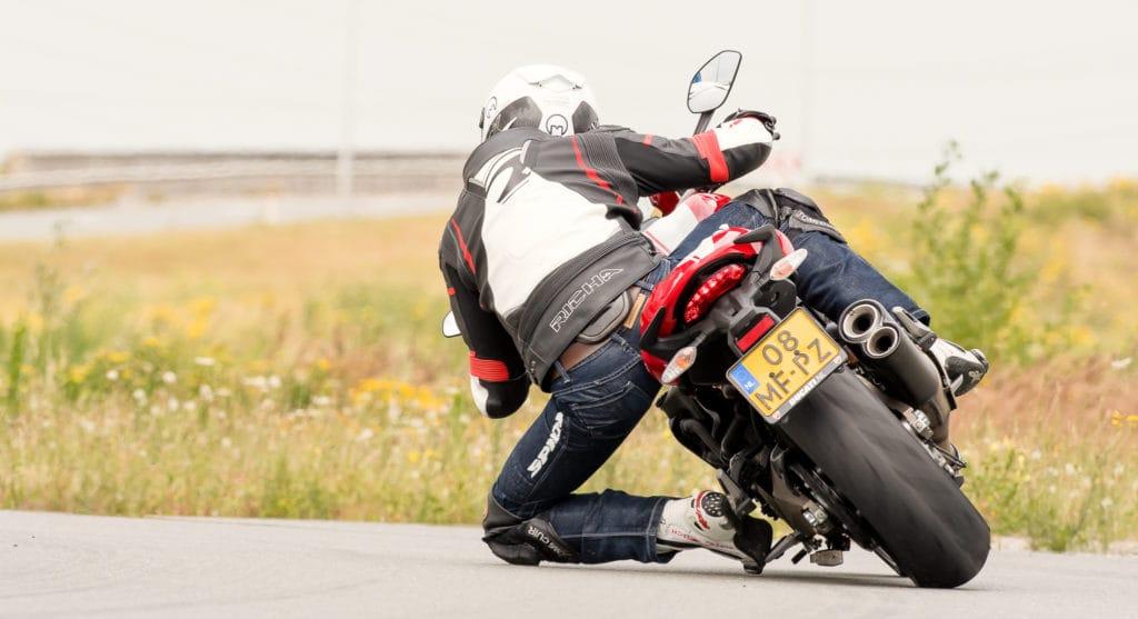 Ducati Monster 821 (5 van 8)