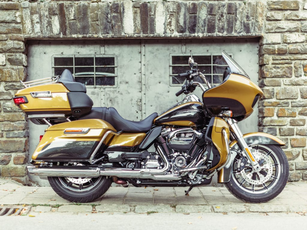 De Road Glide Ultra. Want bigger is better.