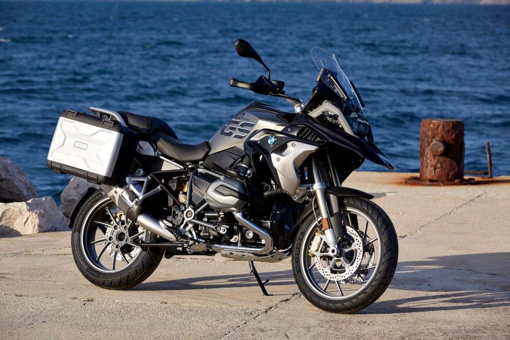 r-1200-gs-exclusive-outdoor-4