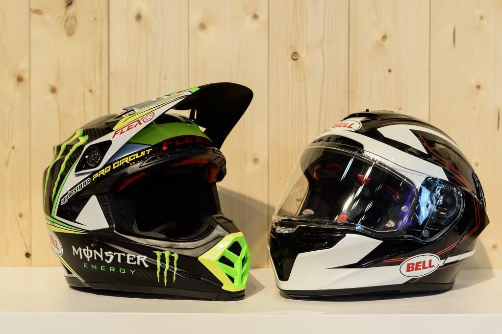 De nieuwe Flex-technologie in de high end Bell helmen is volgens Dirk een bezoek aan zijn stand zeker waard.