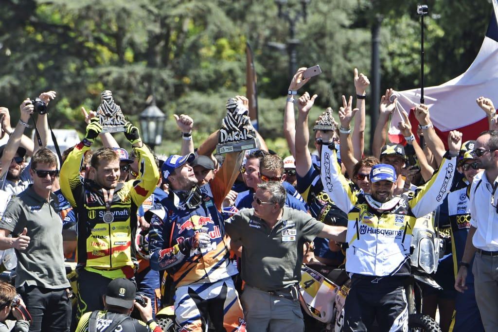 De Dakar Rally winnen, daar wordt een mens al eens blij van...