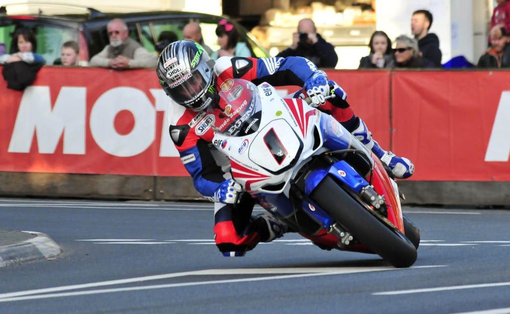 TT-legende John McGuinness komt meeracen in Spa.